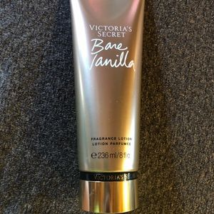 NWT Bare Vanilla Lotion